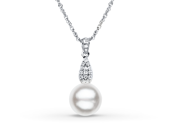 Hand job necklace pearl